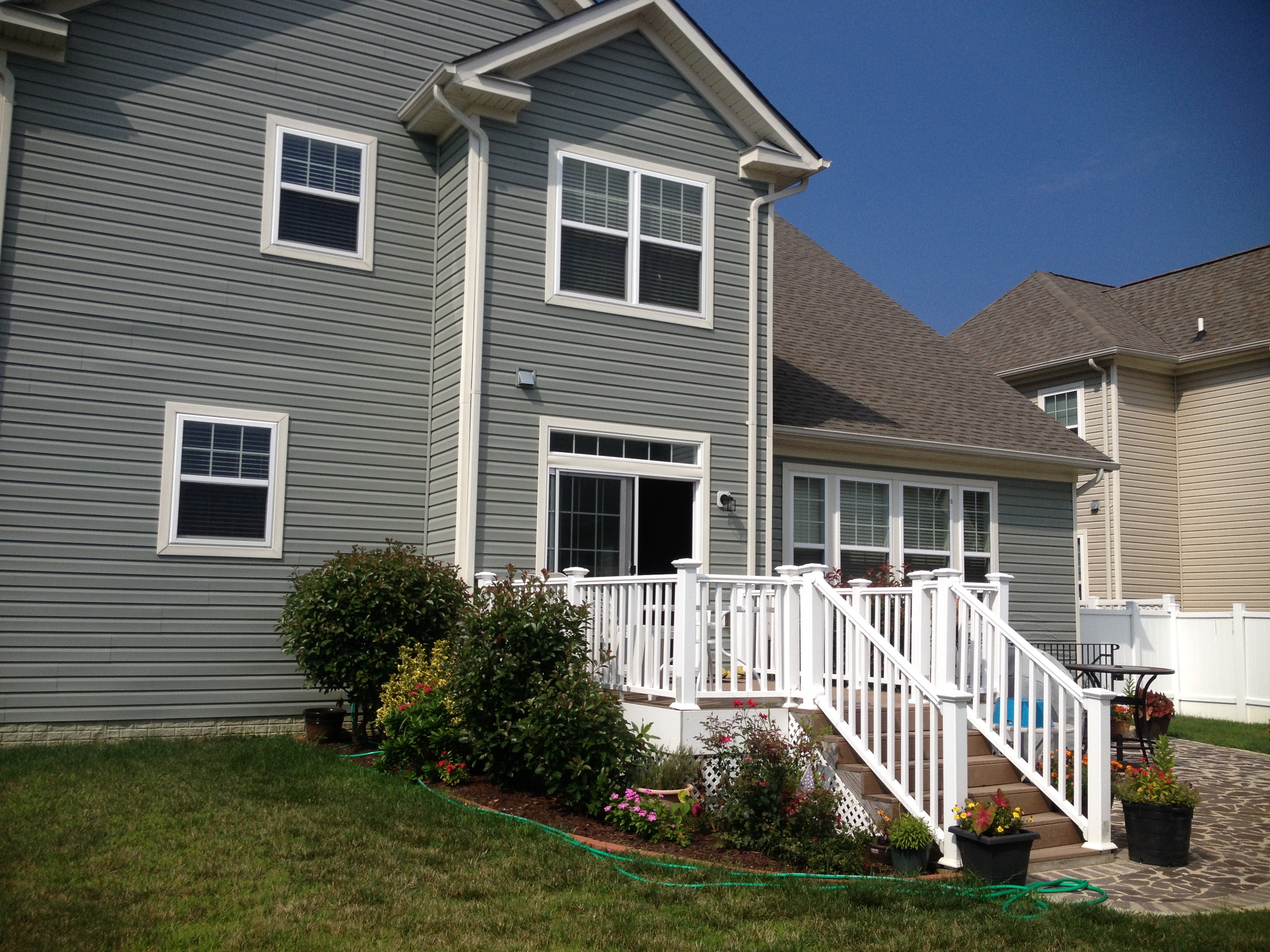 Sold Beautiful Colonial In St Charles Sheffield